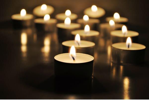 candles condolences1