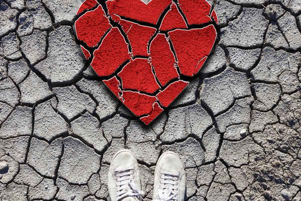broken heart, sneakers