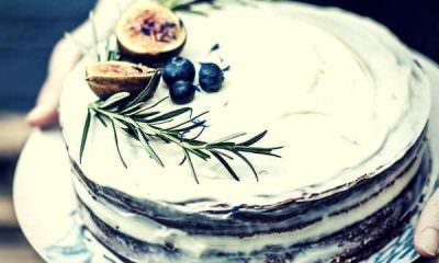 delicious-homemade-birthday-cake-blueberry