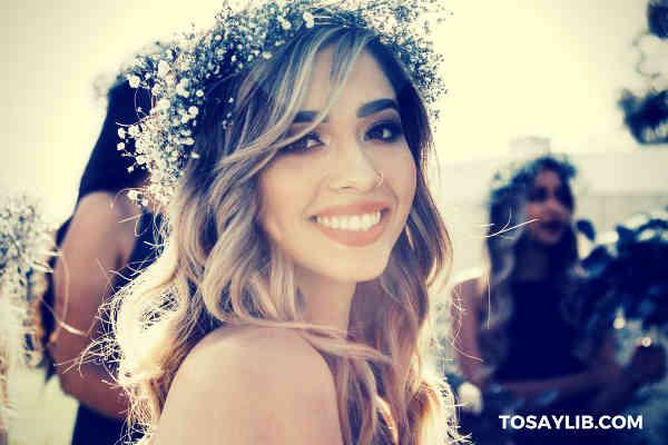 bridesmaid looking at camera smiling