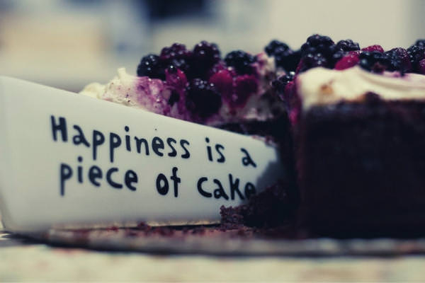 33-feature-slicing-cake-using-knife-with-happiness-is-a-piece-of-cake