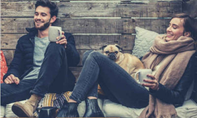 24-feature-couple-having-a-coffee-with-dog-cozy-sitting