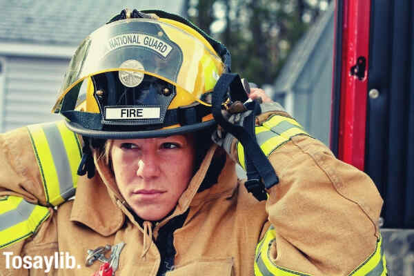 woman fire fighter fire fighter