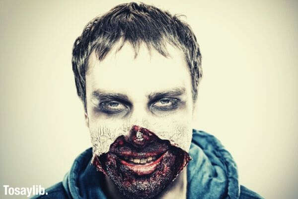 zombie spooky horror make up face