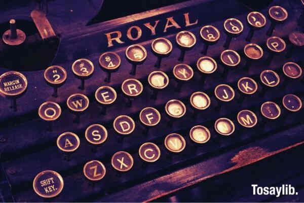 typewriter vintage write letters
