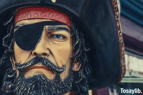 pirate face figure eye patch