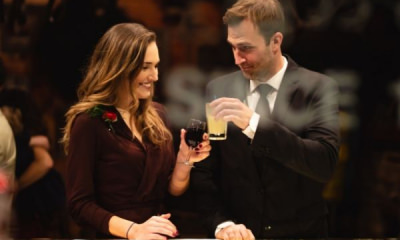 pic-woman-man-drinking-toss-wine-cocktail v2
