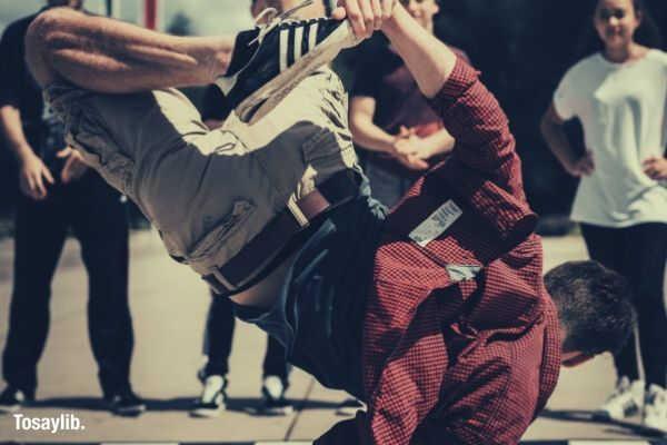 guy street dancing hip hop