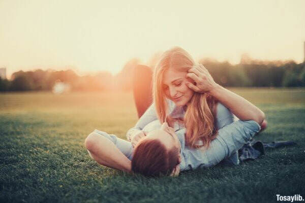 nature outdoors grass park people couple love summer happiness in the park