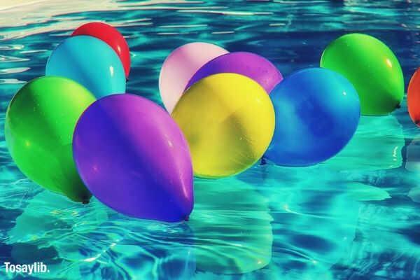 01 balloons colorful ballons color swimming pool