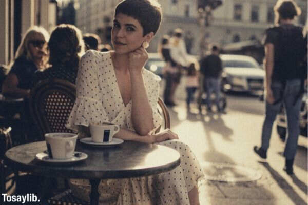 short haired girl photo coffee