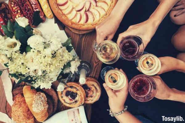 summer party pie beverages