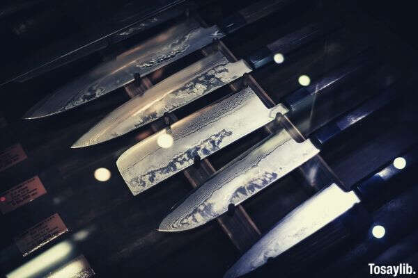 photo of different knives