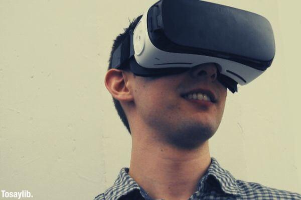 man wearing VR glass
