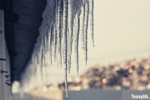 frozen water drop photo