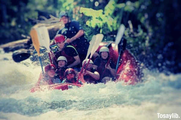 rafting on balsa river in costa rica