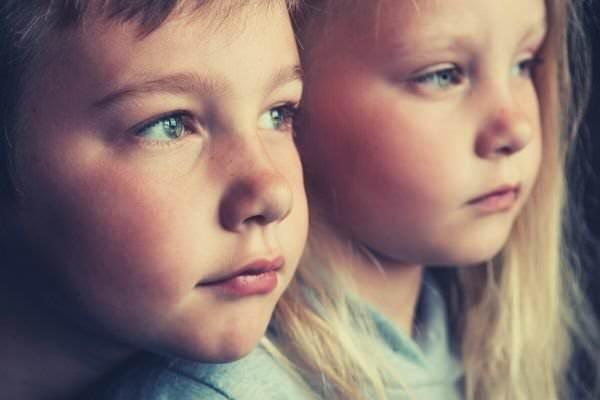 blonde-girl-boy-children-sad