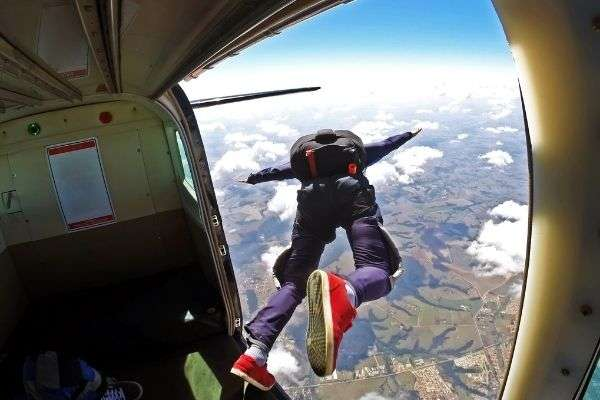 skydiver jump out plane jump skydive