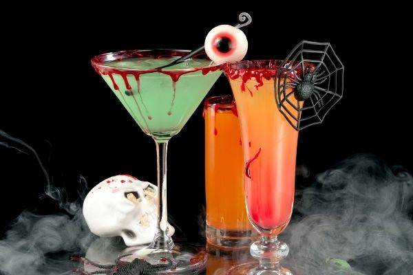 02 bloody halloween orange and green cocktails smoke